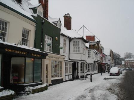 Highworth High Street in the snow of 2009